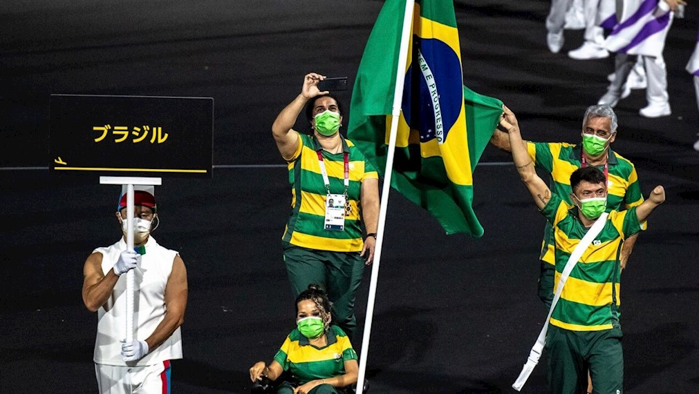 Desfile Brasil Paraolimpíadas - Miriam Jeske